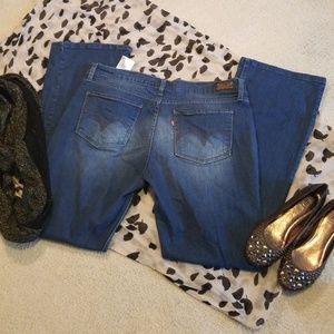 524 Too Superlow Jeans Size 13M W31 L32
